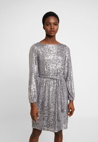 Dorothy Perkins - LONG SLEEVE FIT AND FLARE - Sukienka koktajlowa - silver - 0