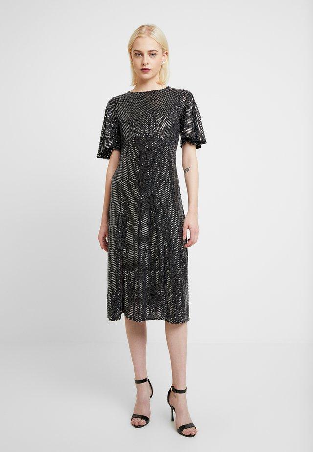 SLEEVE MIDI DRESS - Sukienka koktajlowa - silver