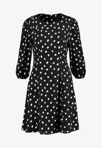 Dorothy Perkins - SPOT THREE QUARTER SLEEVE - Korte jurk - black - 4
