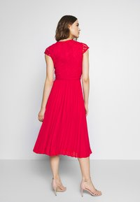 Dorothy Perkins - PLEATED ALICE DRESS - Juhlamekko - red - 2