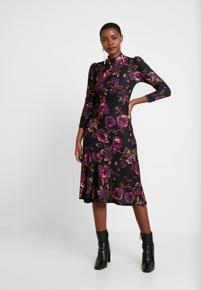 Dorothy Perkins - HIGH NECK MIDI DRESS - Sukienka z dżerseju - purple