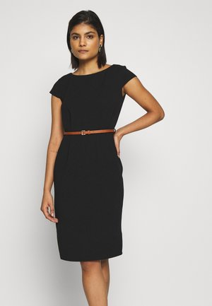 CONTRAST BELTED PENCIL DRESS - Sukienka etui - black