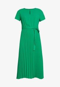 Dorothy Perkins - KEYHOLE PLEATED MIDI DRESS - Day dress - green - 4