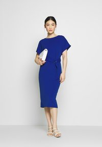 Dorothy Perkins - D RING MIDI DRESS - Jersey dress - cobalt - 1