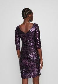 Dorothy Perkins - BODYCON - Sukienka koktajlowa - purple - 2