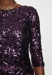 Dorothy Perkins - BODYCON - Sukienka koktajlowa - purple - 5