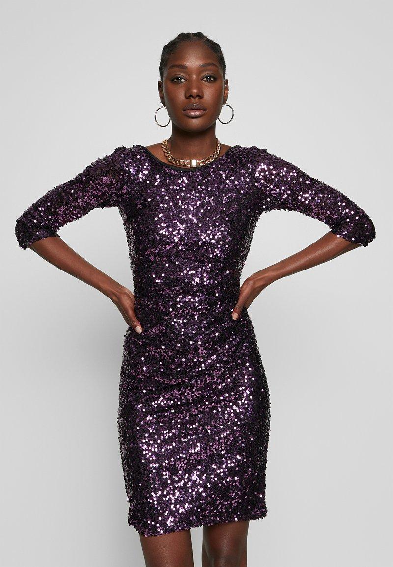 Dorothy Perkins - BODYCON - Sukienka koktajlowa - purple