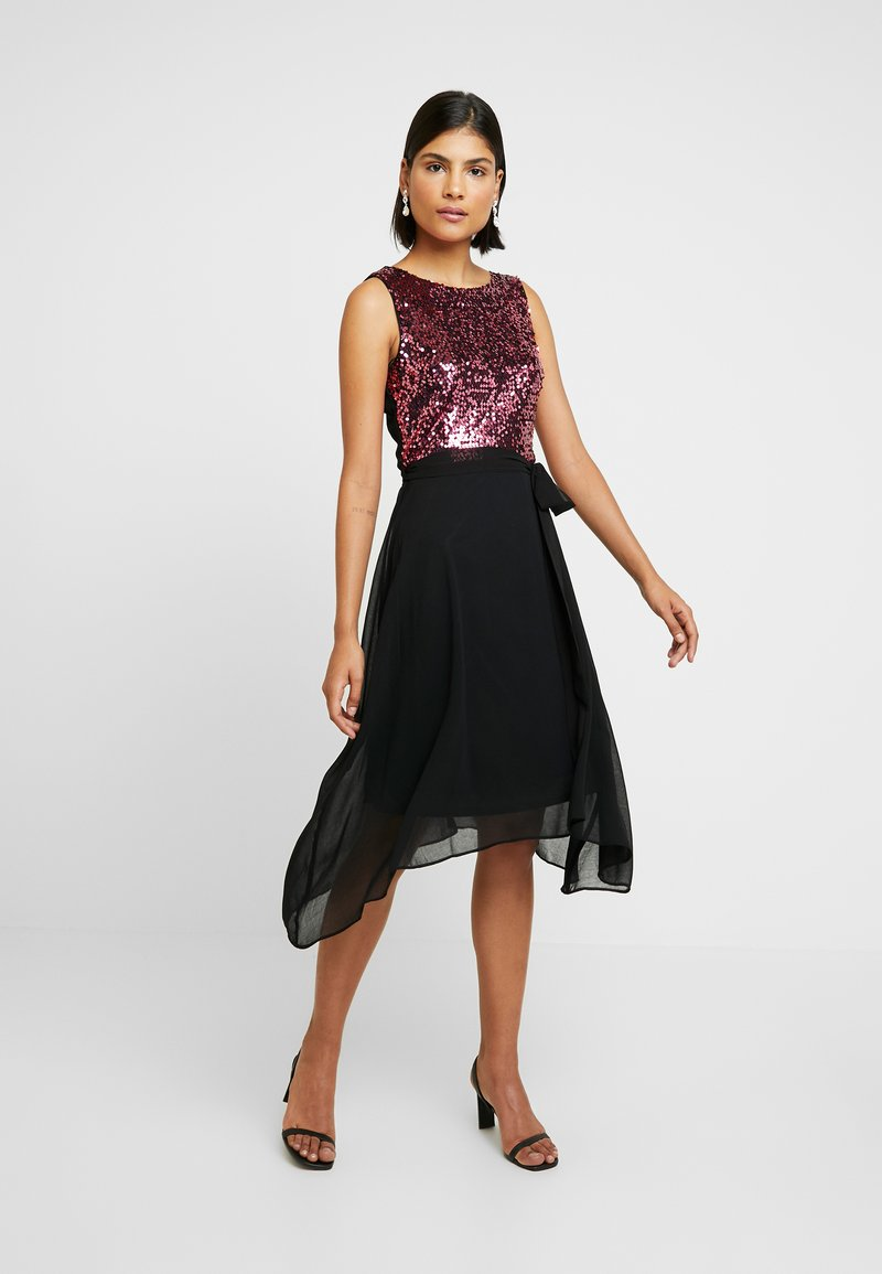 Dorothy Perkins - SEQUIN BODICE FIT AND FLARE MIDI - Juhlamekko - oxblood