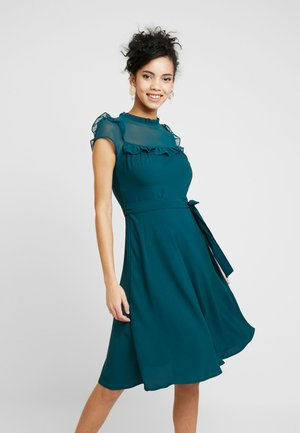 YOKE RUFFLE MIDI DRESS - Robe d'été - forest