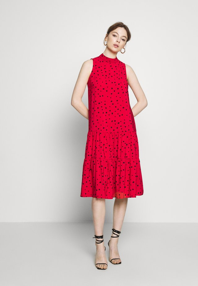 BILLIE AND BLOSSOM ANIMAL TIERRED MIDAXI DRESS - Day dress - red
