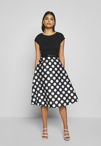 Dorothy Perkins - LUXE MONO SPOT SOLID BODICE BELTED - Shift dress - black - 0