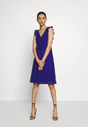 PLAIN RUFFLE TAYLOR - Vestito elegante - indigo