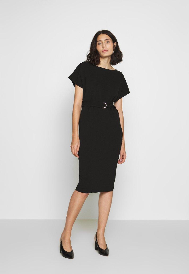 Dorothy Perkins - D RING MIDI DRESS - Sukienka z dżerseju - black