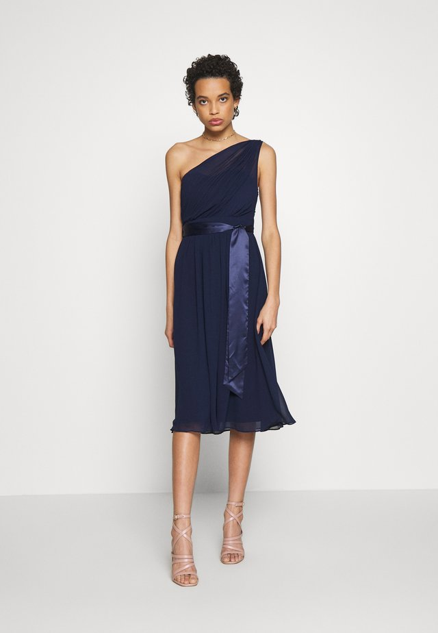 JENNI SHOULDER MIDI DRESS - Cocktail dress / Party dress - navy