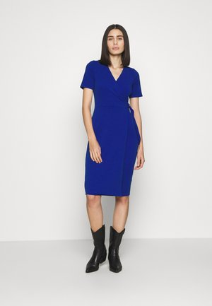 SHORT SLEEVE D RING WRAP - Pouzdrové šaty - cobalt