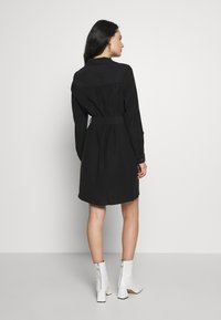 Dorothy Perkins - UTILITY SHIRT DRESS - Freizeitkleid - black - 2