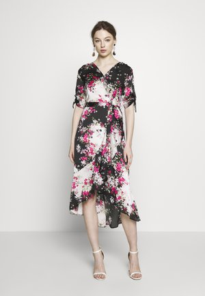 BILLIE LABEL MIX & MATCH FLORAL RUFFLE WRAP FRONT MIDI DRESS - Kjole - black