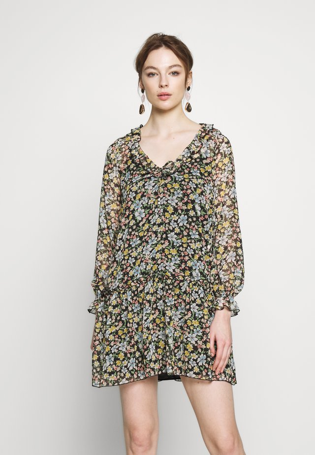 FLORAL SMOCK SHIFT DRESS - Vapaa-ajan mekko - black