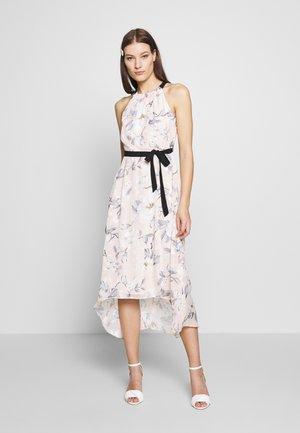 LUXE MONO BURNOUT HALTER MIDAXI DRESS - Korte jurk - light grey