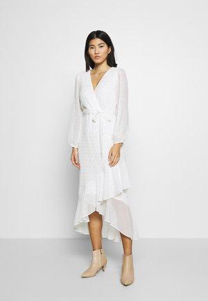 CLIPPED FRILL MIDAXI DRESS - Robe longue - ivory