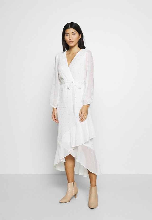 CLIPPED FRILL MIDAXI DRESS - Długa sukienka - ivory