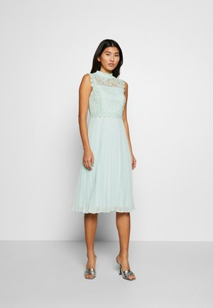 PLEATED MIDI DRESS - Cocktailklänning - sage