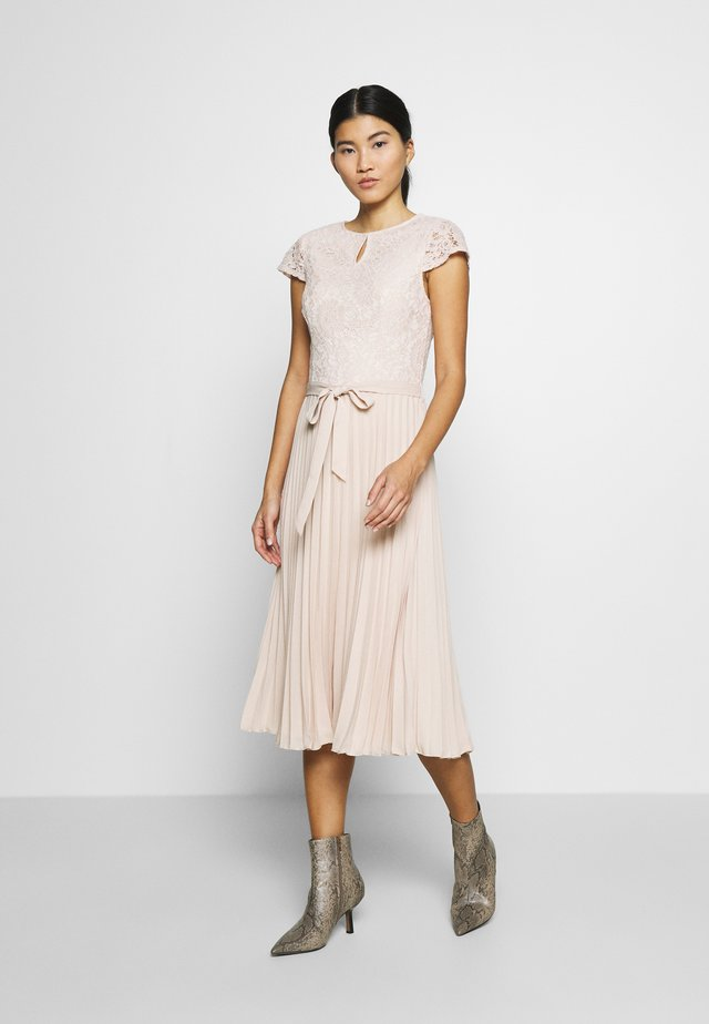 ALICE MIDI DRESS - Day dress - nude