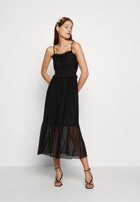 Dorothy Perkins - FLOCKED STRAPPY MIDI - Cocktail dress / Party dress - black - 1