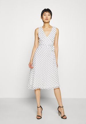 SPOT WRAP PLEATED MIDI DRESS - Korte jurk - ivory