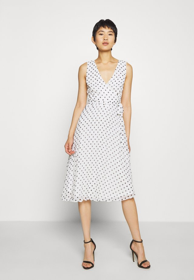 SPOT WRAP PLEATED MIDI DRESS - Vapaa-ajan mekko - ivory