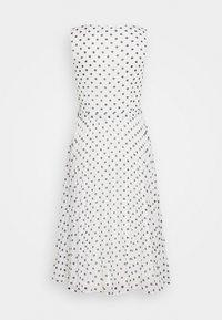 Dorothy Perkins - SPOT WRAP PLEATED MIDI DRESS - Sukienka letnia - ivory - 1
