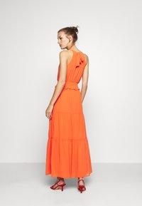 Dorothy Perkins - SHIRRED WAIST HALTER DRESS - Maxi-jurk - copper - 2