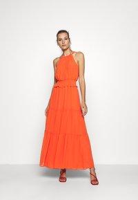 Dorothy Perkins - SHIRRED WAIST HALTER DRESS - Maxi-jurk - copper - 1