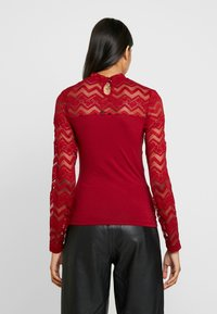 Dorothy Perkins - ZIG ZAG LONG SLEEVE - Blouse - red - 2