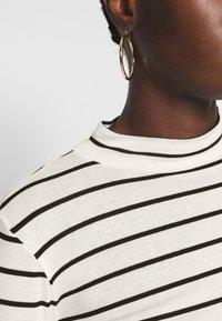Dorothy Perkins - FUNNEL NECK STRIPE 3 PACK - Topper langermet - white/grey - 5