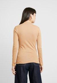 Dorothy Perkins - FUNNEL NECK 2 PACK - Long sleeved top - camel - 3