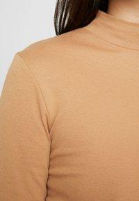 Dorothy Perkins - FUNNEL NECK 2 PACK - Long sleeved top - camel - 6