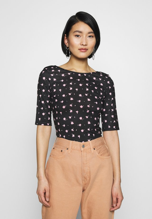 SWAN PRINT SCOOP BACK  - Print T-shirt - black