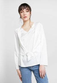 Dorothy Perkins - KNOT FRONT LONG SLEEVE - Blusa - offwhite - 0