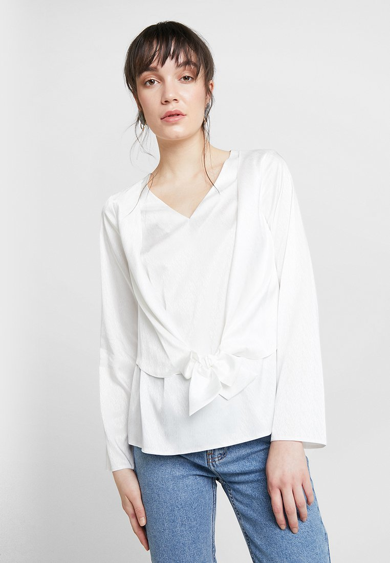 Dorothy Perkins - KNOT FRONT LONG SLEEVE - Blusa - offwhite