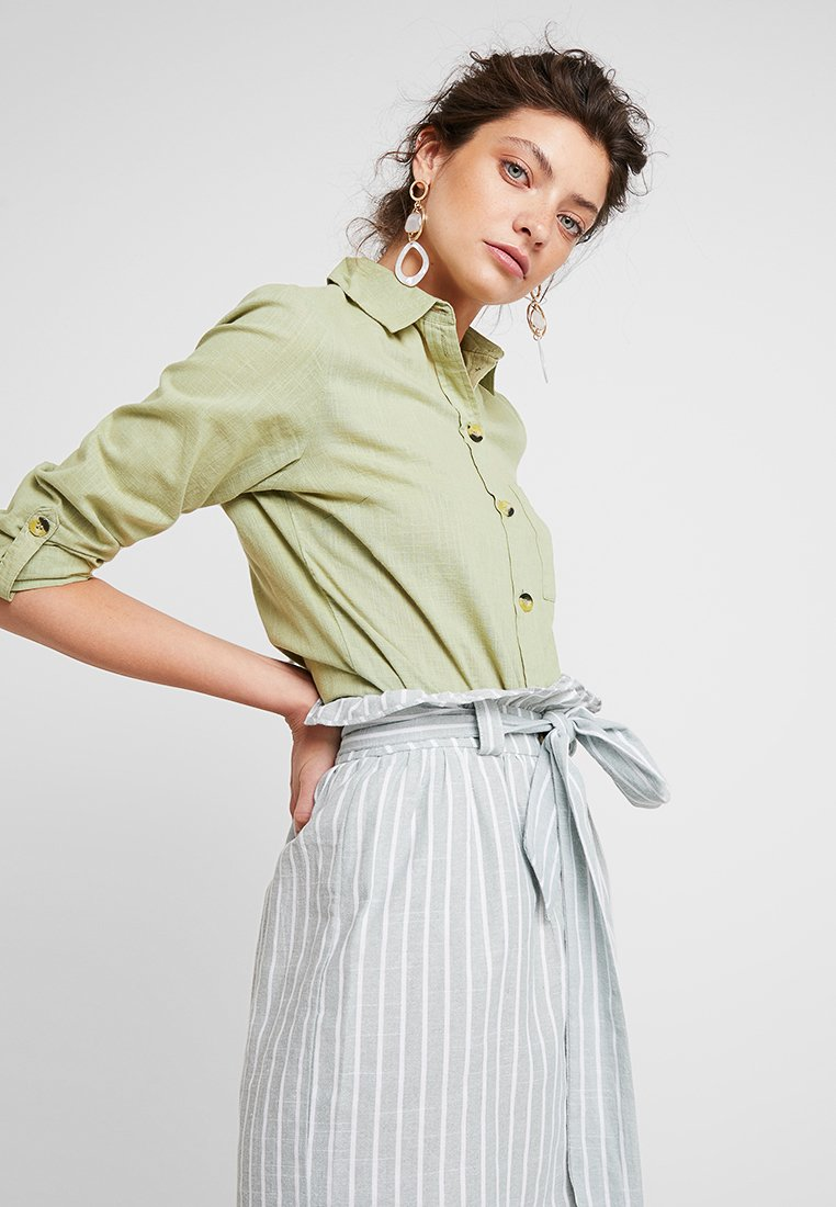 Dorothy Perkins - SLUB - Skjortebluser - green