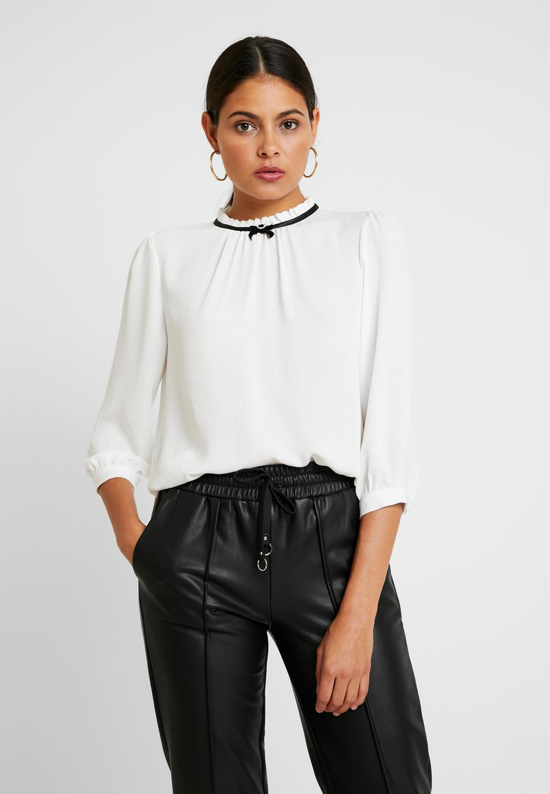 Dorothy Perkins - DETAIL 3/4 SLEEVE - Blouse - ivory
