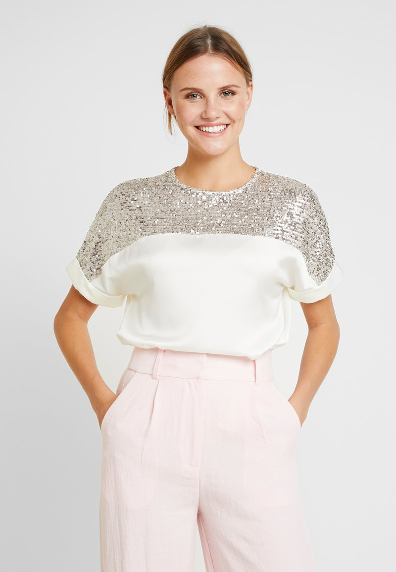 Dorothy Perkins - SHIMMER BATWING - Blouse - champagne