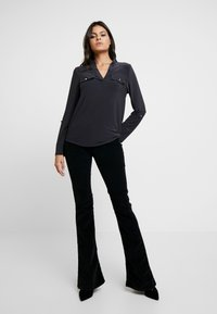 Dorothy Perkins - PLAIN - Blouse - dark grey - 1