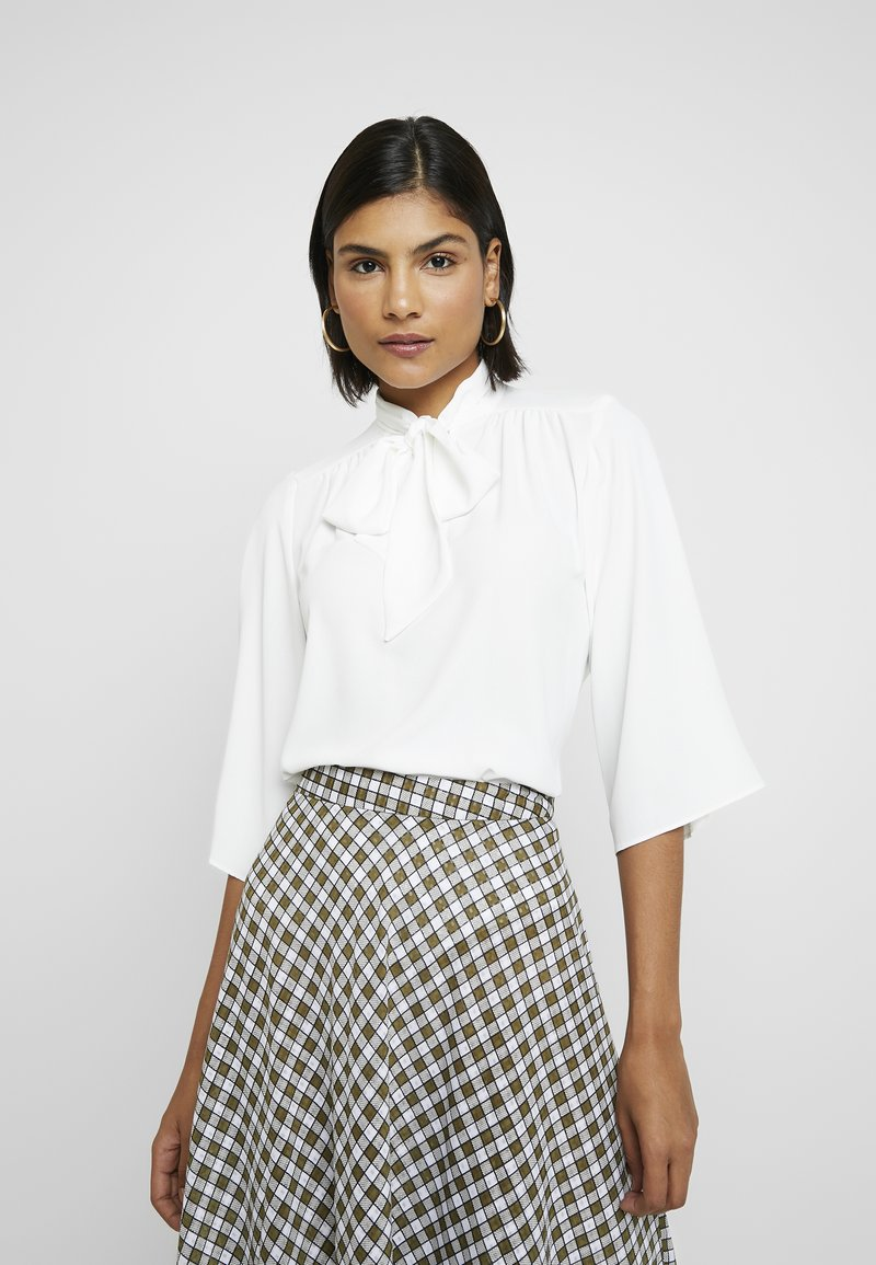 Dorothy Perkins - PUSSYBOW TIE NECK 3/4 SLEEVE - Blouse - ivory