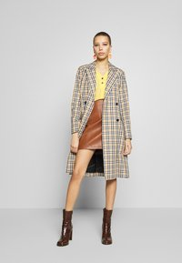 Dorothy Perkins - DOUBLE BUTTON COLLARLESS ROLL SLEEVE - Bluser - yellow - 1