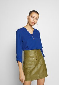 Dorothy Perkins - DOUBLE BUTTON COLLARLESS ROLL SLEEVE - Blouse - cobalt - 0