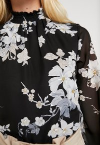 Dorothy Perkins - FLORAL SHIRRED NECK TOP - Bluser - black - 5
