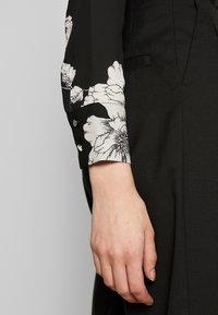 Dorothy Perkins - LONG LINE SHIRT - Camisa - black - 5