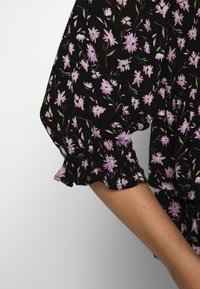 Dorothy Perkins - PRINT SHIRRED HIGH NECK - Bluzka - black - 5
